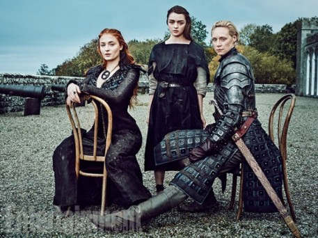 Sansa-Stark-Arya-Stark-Brienne-000221375-570x427